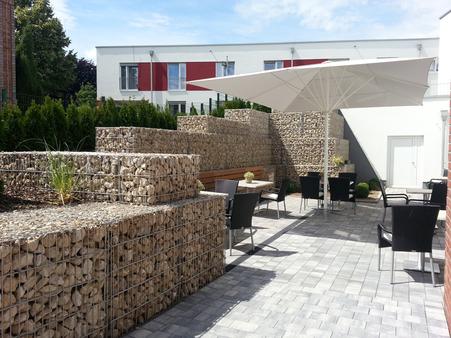 Gewerbliche und kommunale Außenanlagen